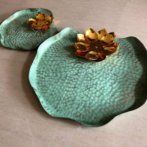 014BT Lily Tray