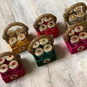 003G Mukhwas Tins & Pearl Basket (4 tins)